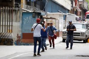 Agreden a periodistas en Venezuela