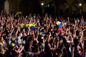 Venezolanos y españoles en Barcelona disfrutan de Desorden Público