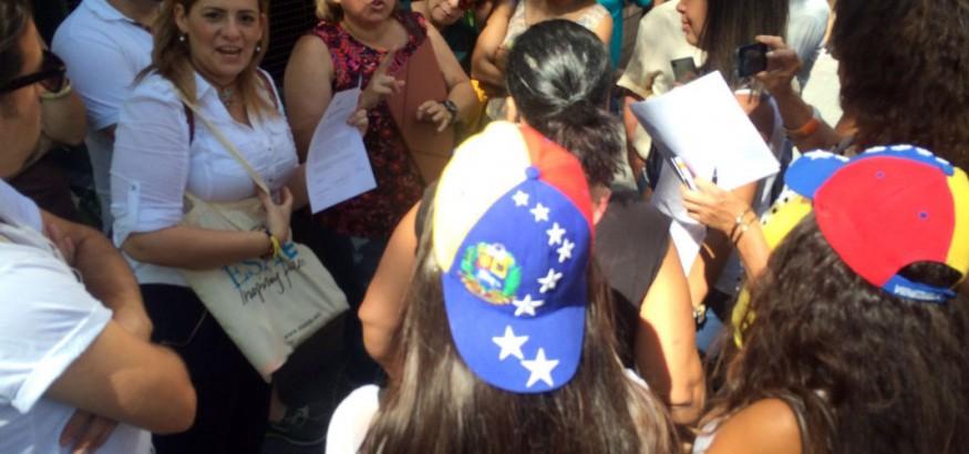 Venezolanos en Barcelona piden apertura del REP