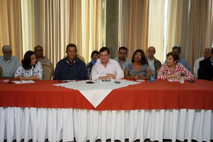Periodistas venezolanos se suman al acuerdo en defensa del referéndum revocatorio