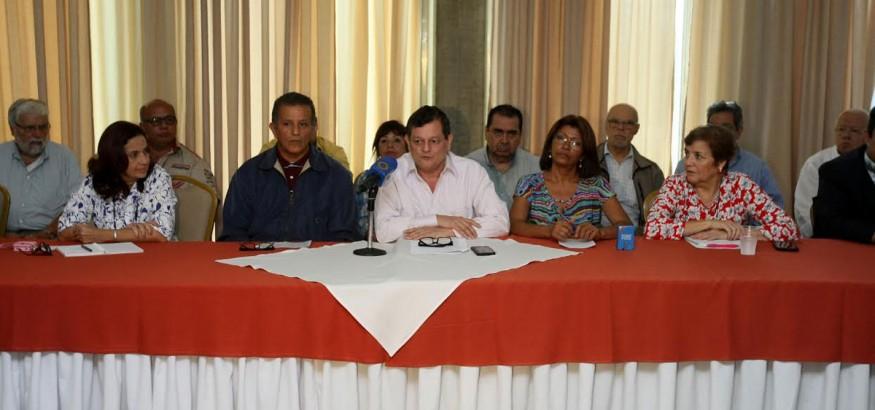 Kiko Bautista y 31 organizaciones defenderan el revocatorio