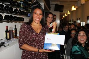 Lisbeth, una de las felices ganadoras