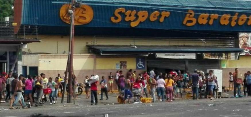 Saqueos en Ciudad Bolívar. Foto fuente: Runrun.es