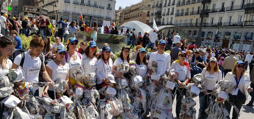 Periodistas venezolanos se manifiestan en Sol