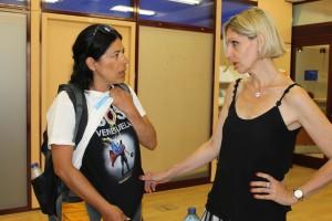 Patricia habla con Beatriz Becerra