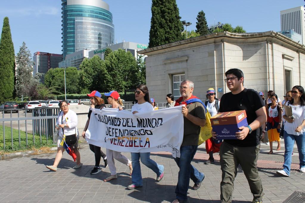 Peregrinaje por Madrid hacia el Parlamento Europeo