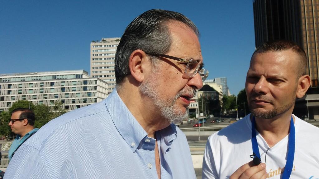 Miguel-Henrique-Otero-en Consulta Popular en Madrid y Barcelona