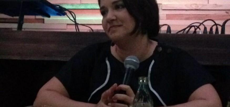 Daniela Alvarado en el conversatorio con Venezuelan Press