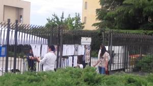 Centro de votación vacío el 20 de mayo