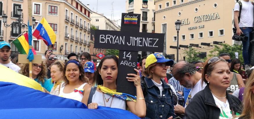 Venezolanos se manifiestan en Madrid el 20 de mayo
