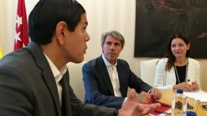 Angel Garrido se reune con los venezolanos 1