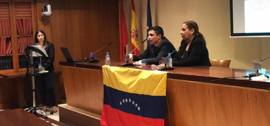 Lorent-Saleh-en-rueda-de-prensa-en-Madrid