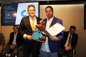 Fernando Rodriguez recibe premio Ciita