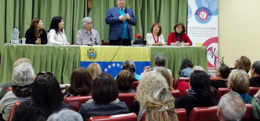 Antonio-Ecarri-se-reúne-con-jubilados-venezolanos
