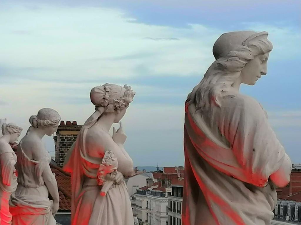 Leonardo Hernandez. La pausa de las musas. Teatro de la Ópera. Lyon. Francia