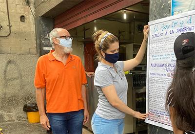 Los papelógrafos en San Félix, Guayana. Foto: Marialejandra Meléndez
