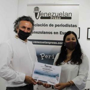 Venezuelan Press reconoce el apoyo de Santana Art Gallery a la labor de integración de esta asociación