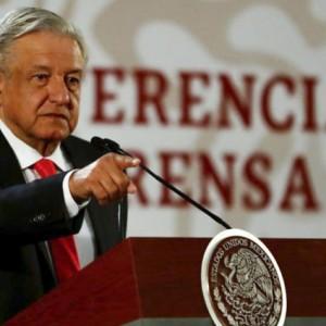 La FAPE, preocupada ante las conferencias semanales que ofrece López Obrador contra periodistas y medios